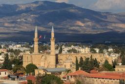Cathédrale transformée en mosquée à Nicosie. Source : http://data.abuledu.org/URI/58ce2a72-cathedrale-transformee-en-mosquee-a-nicosie