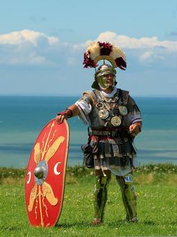 Centurion. Source : http://data.abuledu.org/URI/503a2570-centurion
