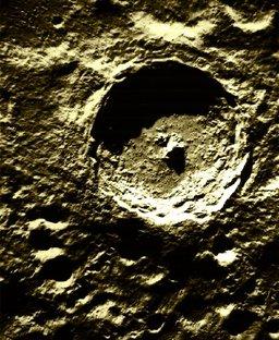 Cercle sur la lune. Source : http://data.abuledu.org/URI/50328013-cercle-sur-la-lune