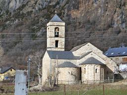 """Chapelle dans le parc national de """"La Vall de Boí"""" en Catalogne. Source : http://data.abuledu.org/URI/56d571a3-chapelle-dans-le-parc-national-de-la-vall-de-bo-en-catalogne"""