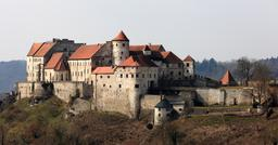 Château de Burghausen en Bavière. Source : http://data.abuledu.org/URI/59daa243-chateau-de-burghausen-en-baviere