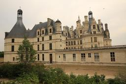 Château de Chambord. Source : http://data.abuledu.org/URI/55e60f51-chateau-de-chambord