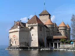 Château de Chillon en Suisse. Source : http://data.abuledu.org/URI/532e1434-chateau-de-chillon-en-suisse