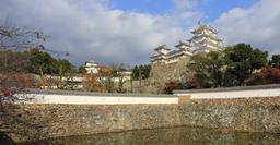 Château de Himeji au Japon. Source : http://data.abuledu.org/URI/59490993-chateau-de-himeji-au-japon