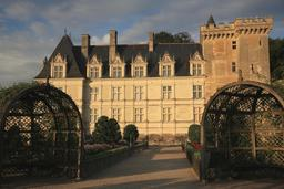 Château de Villandry au lever du soleil. Source : http://data.abuledu.org/URI/55e761fb-chateau-de-villandry-au-lever-du-soleil