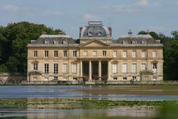 Château du Marais. Source : http://data.abuledu.org/URI/518819d3-chateau-du-marais