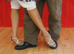 Chaussures de tango. Source : http://data.abuledu.org/URI/50fc0ea9-chaussures-de-tango