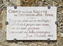 Chemin Jean Racine à Chevreuse. Source : http://data.abuledu.org/URI/524f2999-chemin-jean-racine-a-chevreuse