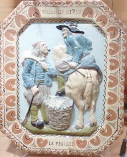 Chiffonnier breton en faïence de Locmaria. Source : http://data.abuledu.org/URI/585862d8-chiffonnier-breton-en-faience-de-locmaria