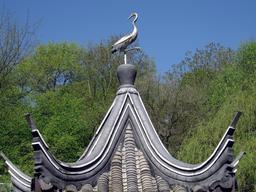 Cigogne sur le toit de la pagode. Source : http://data.abuledu.org/URI/52b73b34-cigogne-sur-le-toit-de-la-pagode