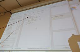 Atelier Thymio à Pujols/Ciron - 16. Source : http://data.abuledu.org/URI/58daed89-atelier-thymio-a-pujols-ciron-16