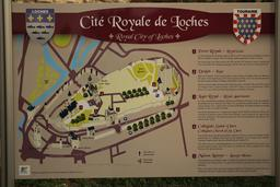 Cité royale de Loches. Source : http://data.abuledu.org/URI/55e40371-cite-royale-de-loches