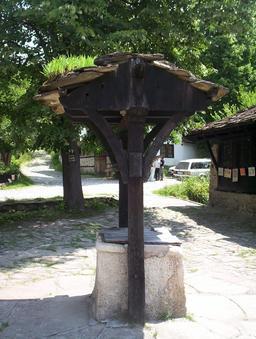 Citerne de récupération de l'eau de pluie à Geran en Bulgarie. Source : http://data.abuledu.org/URI/52fdda68-citerne-de-recuperation-de-l-eau-de-pluie-a-geran-en-bulgarie