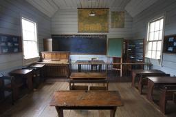 Classe d'antan en Nouvelle-Zélande. Source : http://data.abuledu.org/URI/529d0564-classe-d-antan-en-nouvelle-zelande