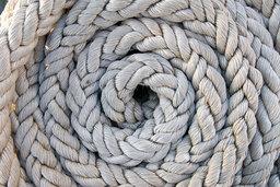 Corde enroulée. Source : http://data.abuledu.org/URI/501da7c0-corde-enroulee