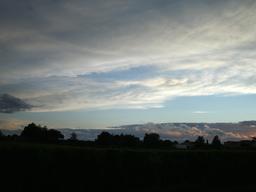 Coucher de soleil en Sauternais - 03. Source : http://data.abuledu.org/URI/5435b6e9-coucher-de-soleil-en-sauternais-03
