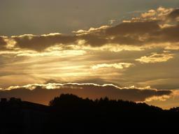 Coucher de soleil sur Bordeaux. Source : http://data.abuledu.org/URI/580aa881-coucher-de-soleil-sur-bordeaux