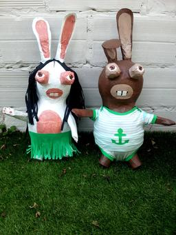 Couple de lapins piñatas. Source : http://data.abuledu.org/URI/540ab9e6-couple-de-lapins-pi-atas