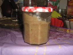 Crème de marrons artisanale. Source : http://data.abuledu.org/URI/52785a2e-creme-de-marrons-artisanale