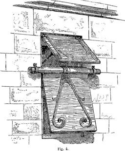 Créneau médiéval protégé par un volet. Source : http://data.abuledu.org/URI/54b868c3-creneau-medieval-protege-par-un-volet