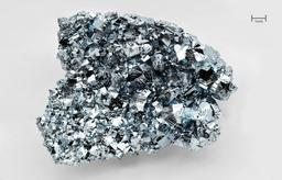Cristaux d'Osmium. Source : http://data.abuledu.org/URI/505c9cd4-cristaux-d-osmium