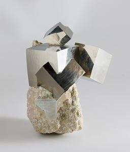 Cristaux de Pyrite. Source : http://data.abuledu.org/URI/505c9b29-cristaux-de-pyrite