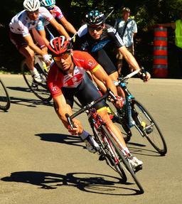 Cyclisme. Source : http://data.abuledu.org/URI/5020ee5c-cyclisme