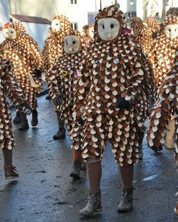 Déguisements de chouettes et de hiboux. Source : http://data.abuledu.org/URI/5353a6fe-deguisements-de-chouettes-et-de-hiboux