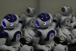 Démonstration de robots Nao en 2011. Source : http://data.abuledu.org/URI/529b1f0a-demonstration-de-robots-nao-en-2011