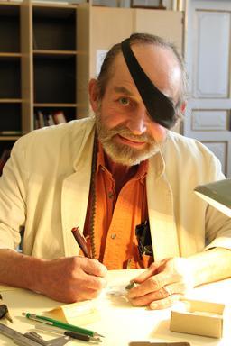 Dessinateur archéologique danois. Source : http://data.abuledu.org/URI/51fa5d12-dessinateur-archeologique-danois
