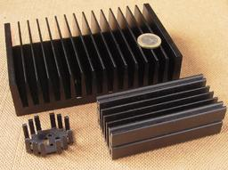 Dissipateurs thermiques. Source : http://data.abuledu.org/URI/50cd8cf7-disipateurs-thermiques