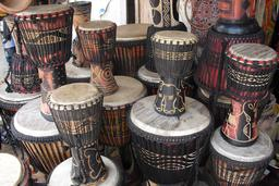 Djembé au Ghana. Source : http://data.abuledu.org/URI/53021083-djembe-au-ghana