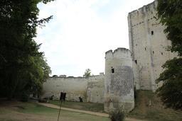 Donjon et tour de Loches. Source : http://data.abuledu.org/URI/55e40ca0-donjon-et-tour-de-loches
