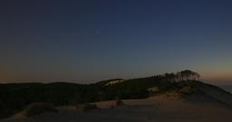 Dune du Pilat et forêt de nuit. Source : http://data.abuledu.org/URI/55ee2315-dune-du-pilat-et-foret-de-nuit