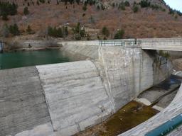 Écluse dans le parc national de La Vall de Boí en Espagne. Source : http://data.abuledu.org/URI/56d561d4-ecluse-dans-le-parc-national-de-la-vall-de-bo-en-espagne