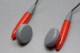 Écouteurs. Source : http://data.abuledu.org/URI/501a5ea9-ecouteurs