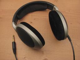 Écouteurs. Source : http://data.abuledu.org/URI/501a5f83-ecouteurs