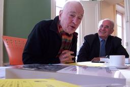 Edgar Morin et Jean-Louis Le Moigne en 2007. Source : http://data.abuledu.org/URI/5549bf83-edgar-morin-et-jean-louis-le-moigne-en-2007