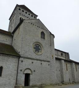 Église de Sauveterre-de-Béarn. Source : http://data.abuledu.org/URI/58669731-eglise-de-sauveterre-de-bearn