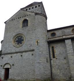 Église de Sauveterre-de-Béarn. Source : http://data.abuledu.org/URI/58669761-eglise-de-sauveterre-de-bearn