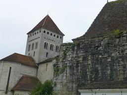 Église de Sauveterre-de-Béarn. Source : http://data.abuledu.org/URI/58669825-eglise-de-sauveterre-de-bearn