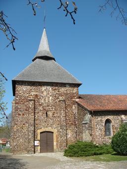 Église landaise en garluche. Source : http://data.abuledu.org/URI/5074b25f-eglise-landaise-en-garluche