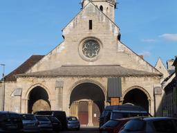 Église Saint-Philibert à Dijon. Source : http://data.abuledu.org/URI/59269cf7-eglise-saint-philibert-a-dijon