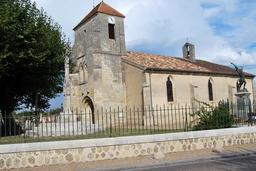 Eglise Saint-Roch et Monument aux morts. Source : http://data.abuledu.org/URI/5441ae9b-eglise-saint-roch-et-monument-aux-morts