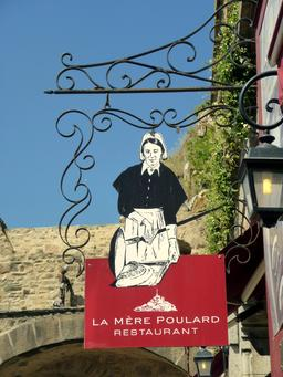 Enseigne de la Mère Poulard. Source : http://data.abuledu.org/URI/54a88e22-enseigne-de-la-mere-poulard