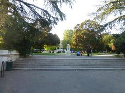 Entrée du jardin Darcy à Dijon. Source : http://data.abuledu.org/URI/58203f07-entree-du-jardin-darcy-a-dijon-