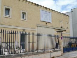 Entreprise de restauration à Bordeaux. Source : http://data.abuledu.org/URI/5920d791-entreprise-de-restauration-a-bordeaux