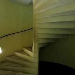 Escalier en colimaçon dans la tour du Palais de la Berbie à Albi. Source : http://data.abuledu.org/URI/59c18c91-escalier-en-colimacon-dans-la-tour-du-palais-de-la-berbie-a-albi