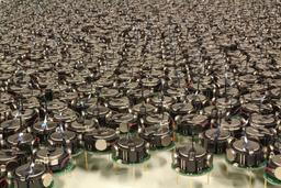 Essaim de robots. Source : http://data.abuledu.org/URI/58e9ede2-essaim-de-robots