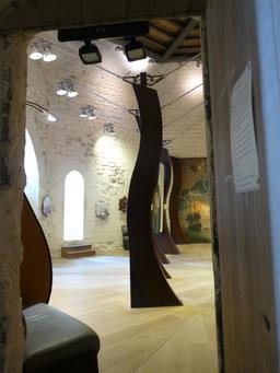 Exposition dans la tour de la Chaîne à La Rochelle. Source : http://data.abuledu.org/URI/5821155f-exposition-dans-la-tour-de-la-chaine-a-la-rochelle